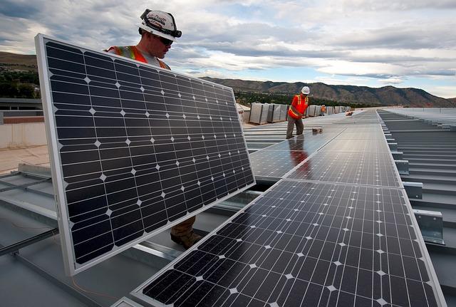 solar panels 1794467 640
