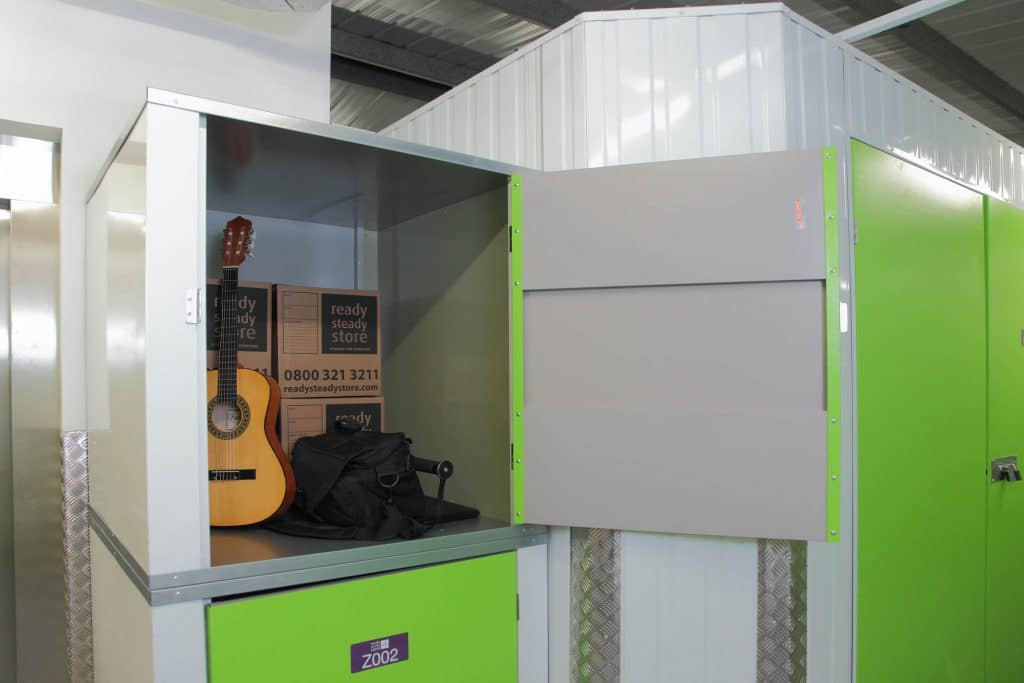 9ft locker at Ready Steady Store