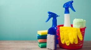 8 Simple Spring Cleaning Tips During Lockdown
